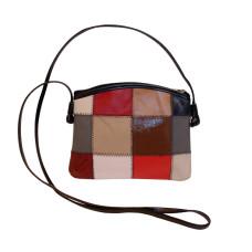 Bolsa Feminina de retalhos de couro com um zíper